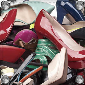Чистить обувь от грязи