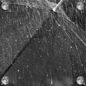Дождь и молнии