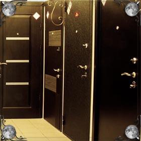 Дверь туалета