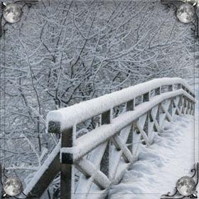 Голая по снегу