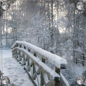 Идти по белому снегу