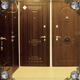 Крючок на двери