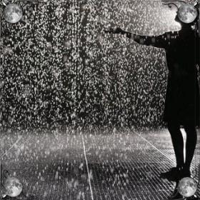 Льет дождь