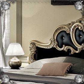 Маленькая кровать