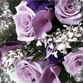 Мама дарит цветы