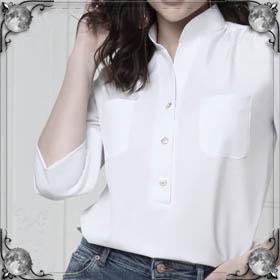 Мерить блузку