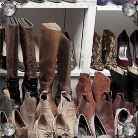 Мерить ботинки