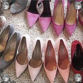 Одевать туфли