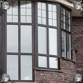 Открытое окно на улицу