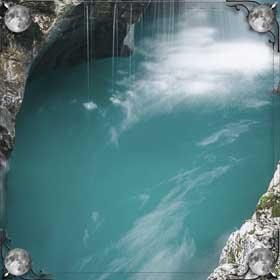 Плавать в речке