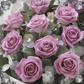 Покойный дарит цветы