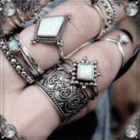 Покупать кольцо
