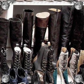 Шнурки на ботинках