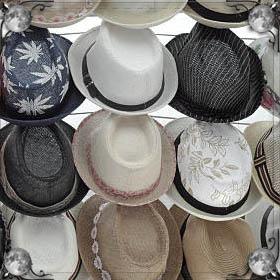 Снимать шапку