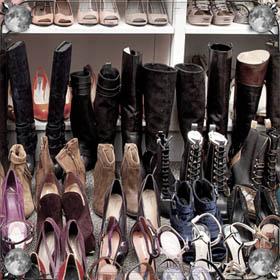 Старые женские ботинки
