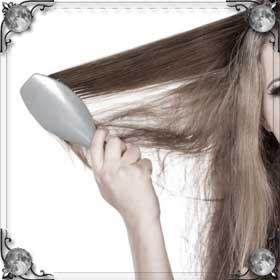 Вычесывать волосы