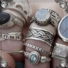 Выпали камни из кольца