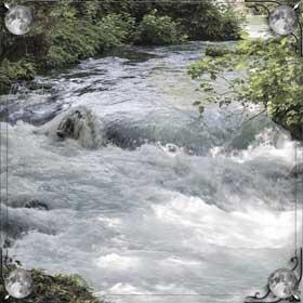 Волны на реке