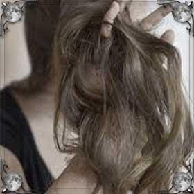 Вши в волосах у себя