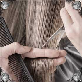 Заплетать волосы